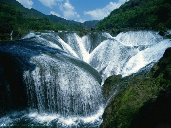 Cascata Pearl, valle dello Jiuzhaigou, Cina